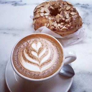 Dough Doughnuts Manhattan - Lara Ruth - Grits in the City - Food Photographer